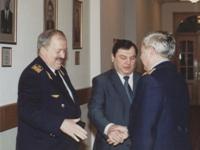 Начальник ДМТП Богинский О. И. - слева