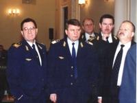 Начальник Московской железной дороги Старостенко В. И. - слева и Начальник ДМТП Попов В. А. - в центре