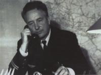 Васин Петр Павлович в рабочем кабинете